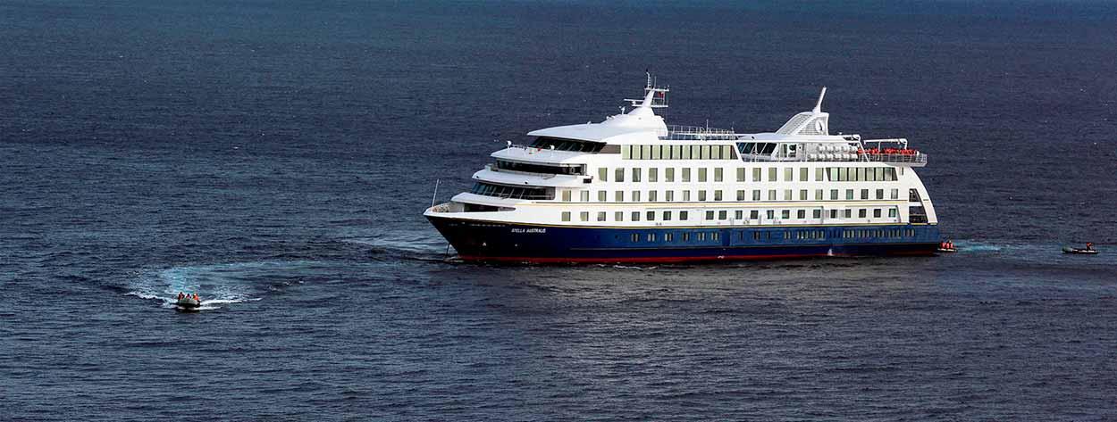 barco Stella Australis