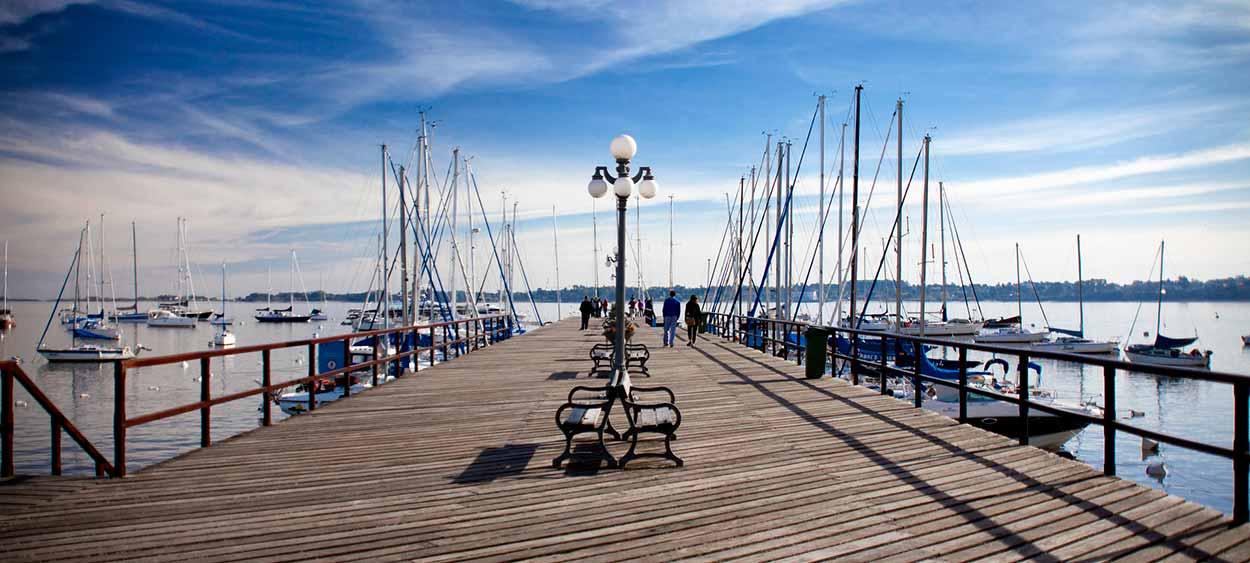10 Razones para visitar Colonia en Uruguay, desde Buenos Aires (puerto)