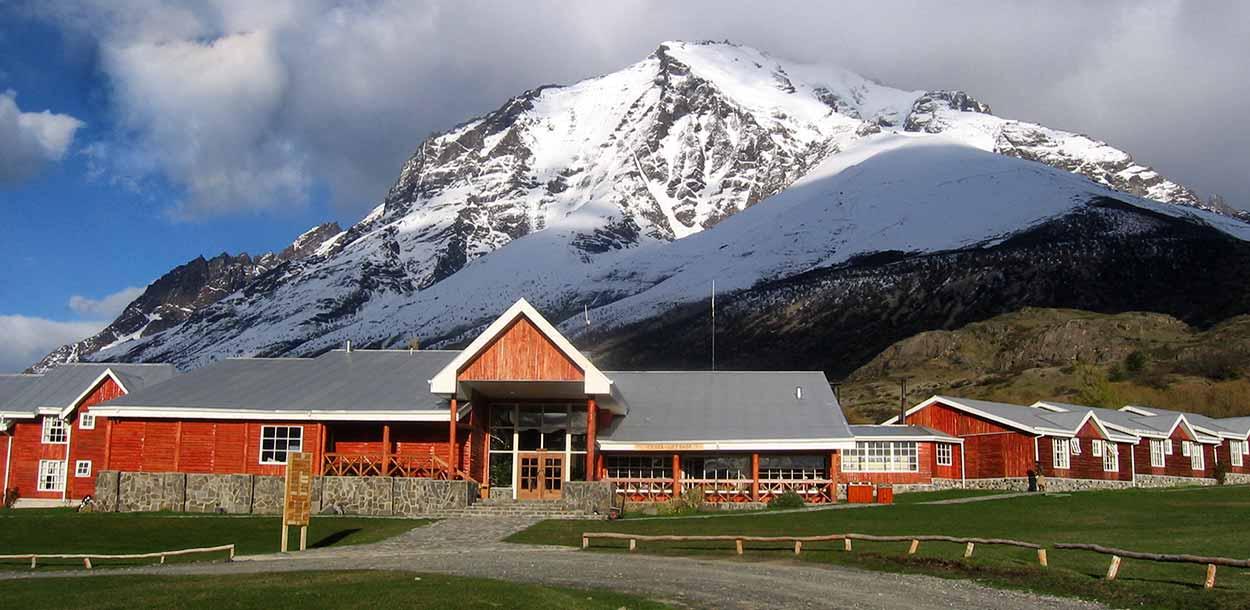 Torres del Paine desde el Hotel Las Torres