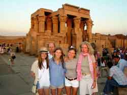 Familia Feliz Egipto