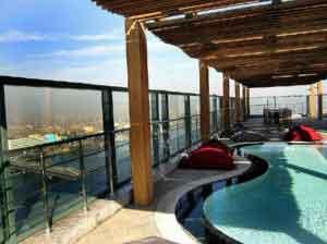 """La relajante piscina """"The Sky Pool"""""""