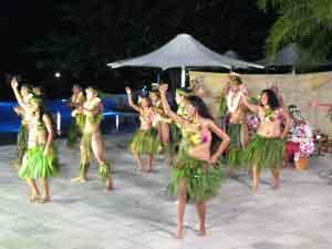 Danza polinesia (por Adolfo y Amaia)
