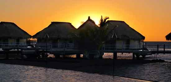 Puesta de Sol en Polinesia (por Adolfo y Amaia)