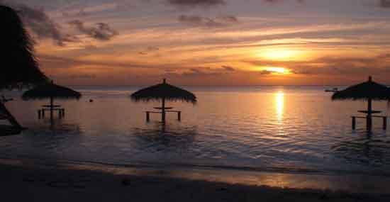 Puesta del Sol en Polinesia (por Isabel) Viaje a Polinesia de Gabriel e Isabel