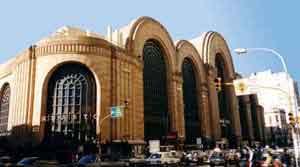 Barrio de Abasto - La fachada original del Mercado de Abastos