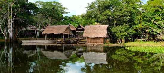 Un crucero de Amazonas te permite conocer culturas indígenas