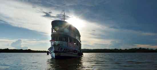 Lo Peix, ecoturismo fluvial en el Amazonas