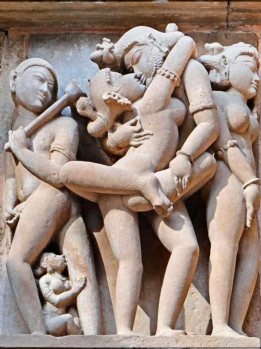 Los templos de Khajuraho - Esculturas eroticas del gran templo de Lakshmana