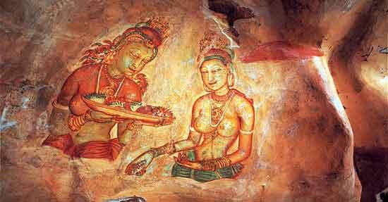 """Los frescos de """"Las Damas de Sigiriya"""", que se contemplan en la ascensión, son de un gran refinamiento artístico."""
