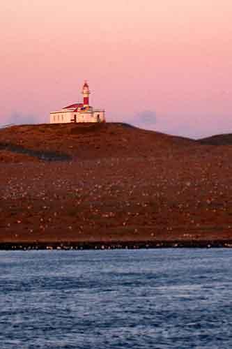 Faro de Isla Madalena.