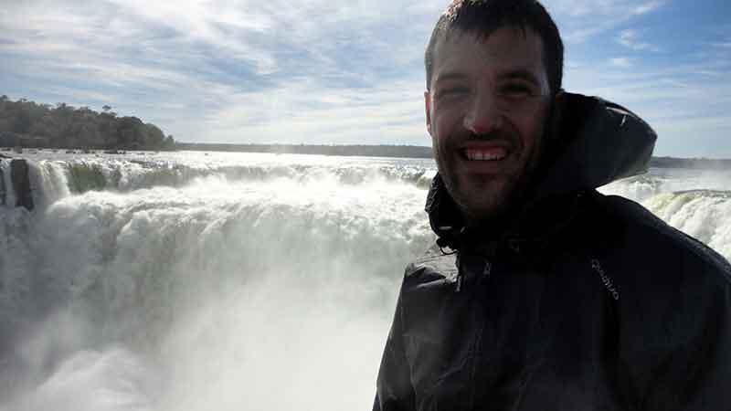 Carlos en Iguazú, lado brasileño.