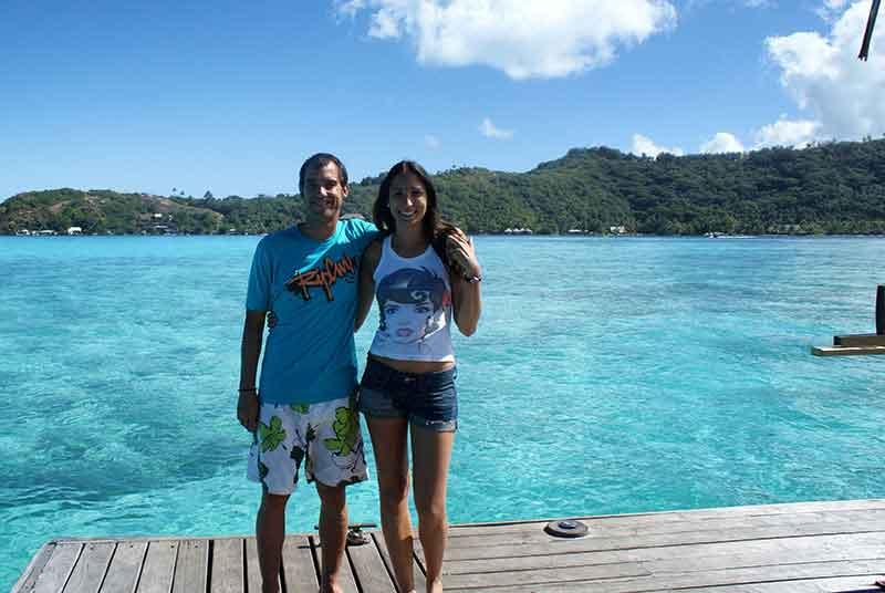 Frente a la laguna de Bora Bora en Bahia Matira