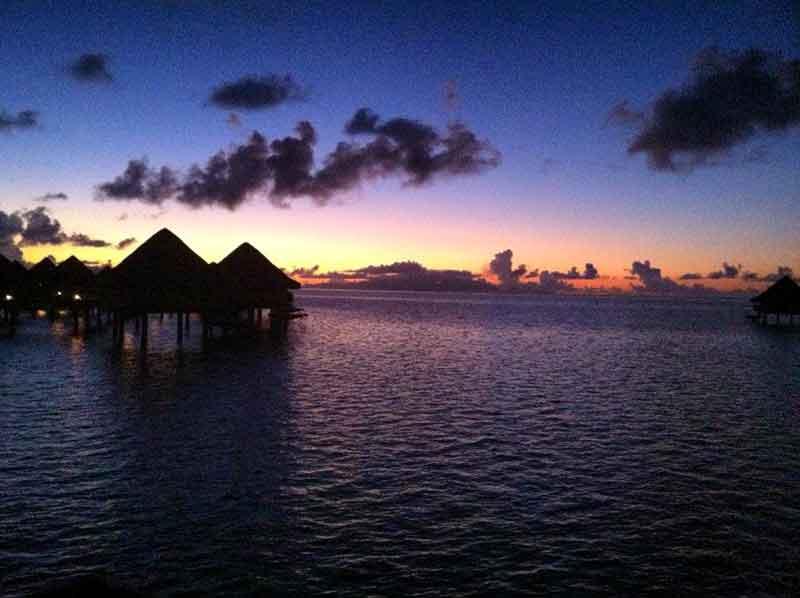 Atardecer en Polinesia.