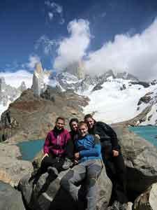 Turismo activo en Argentina - Nerea, Izaro, Pedro y José: A pie del Fitz Roi