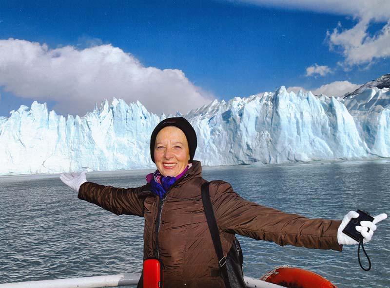 Lili frente del glaciar Perito Moreno