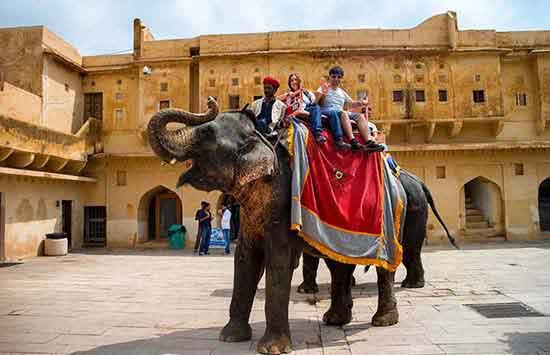 El viaje a India y Nepal de Juanma y Raquel -En la Fuerte Amber, Agra
