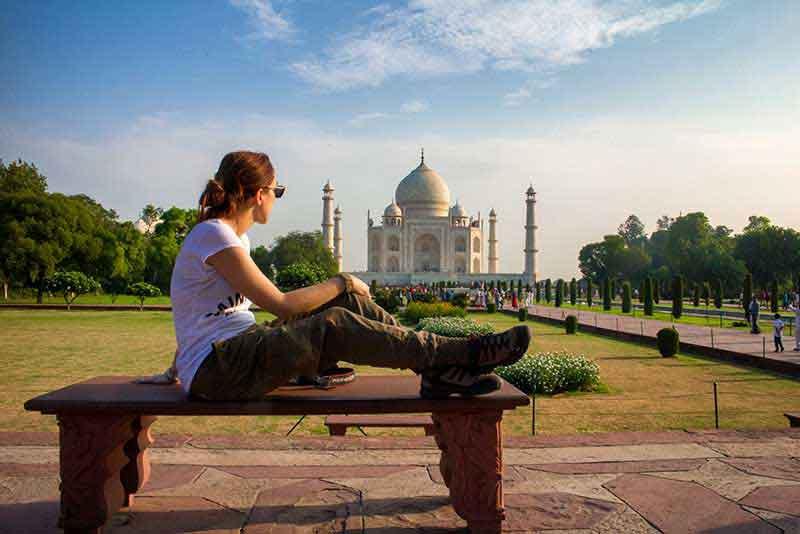 Frente al Taj Mahal (Agra)