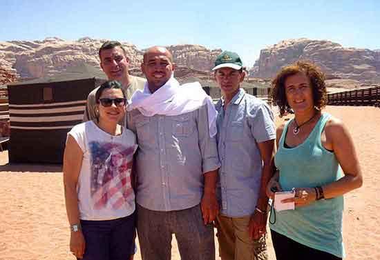 En el campamento de Wadi Rum con nuestro estupendo guía Yousef