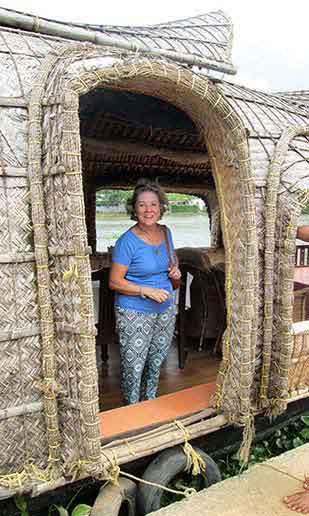 Carmen, navegando las aguas de los Backwaters de Kerala…