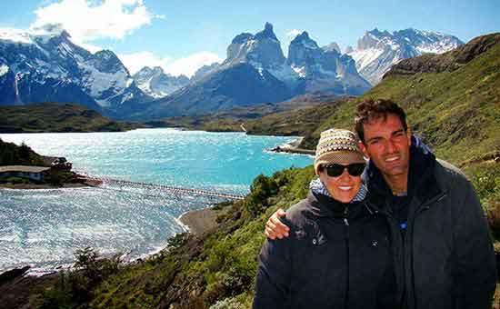 Déborah e Iván en el Parque Nacional Torres del Paine - La Patagonia sin fronteras
