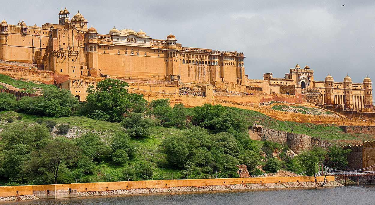 QUÉ HACER EN AGRA, INDIA - Fuerte de Agra , Patrimonio de la Humanidad por la UNESCO,