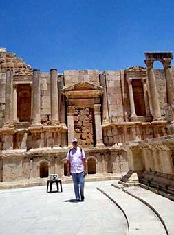 En Jerash - Testimonio del viaje a Jordania en privado de Marifé, María y Faust