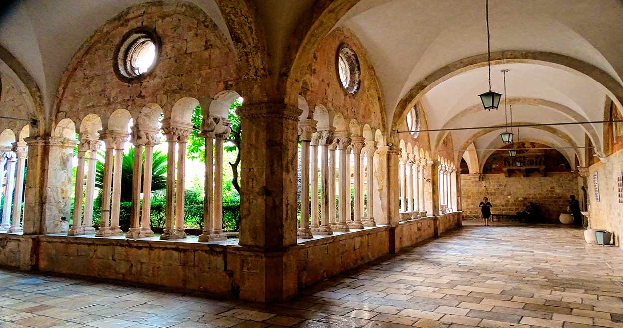 Qué ver y hacer en Dubrovnik - monasterio franciscano