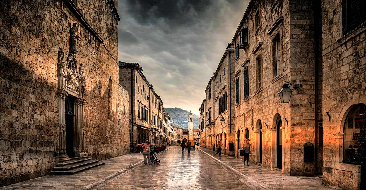 Stradun - Image by Ioannis Ioannidis from Pixabay - Qué ver y hacer en Dubrovnik