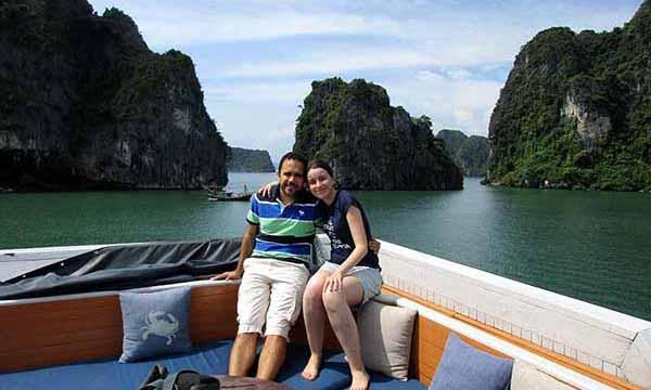 Opinión del Viaje a Vietnam: Celia y Gonzalo en Bahía de Halong