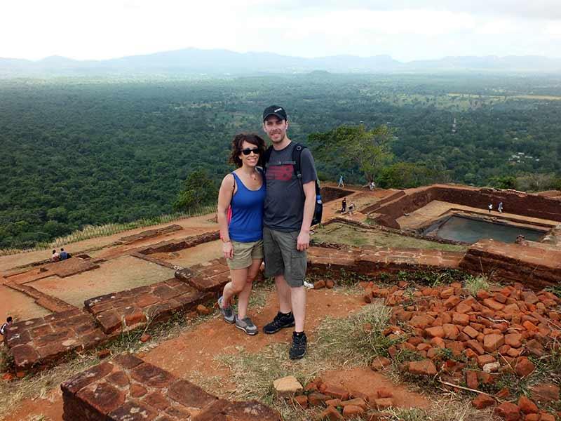 Saioa y Rafa en la cima de Sigiriya