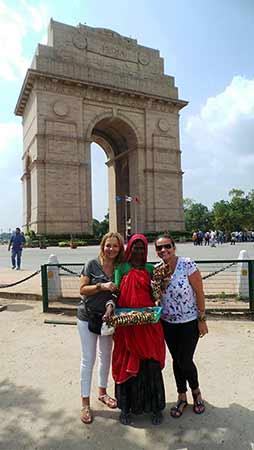 Opinión de Viaje a India en privado de Óscar, Claudia, Olga y Alejandro: Puerta de India (Delhi)