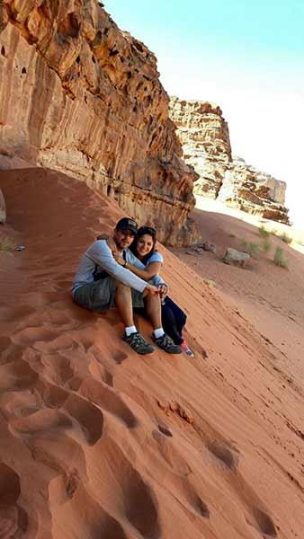 Daniela y Juan en Wadi Rum