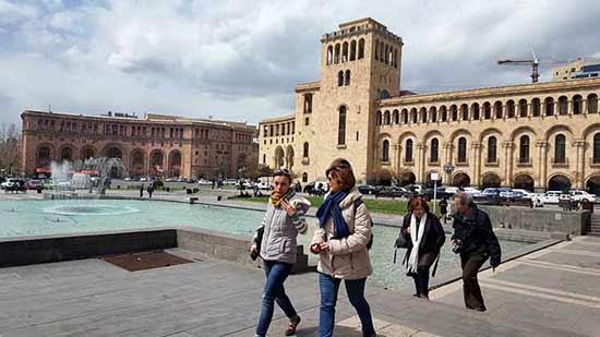 Opinión de Viaje a Armenia y Georgia de Trinidad, Almudena, José y Monserrate: en la capital de Armenia, Yereván