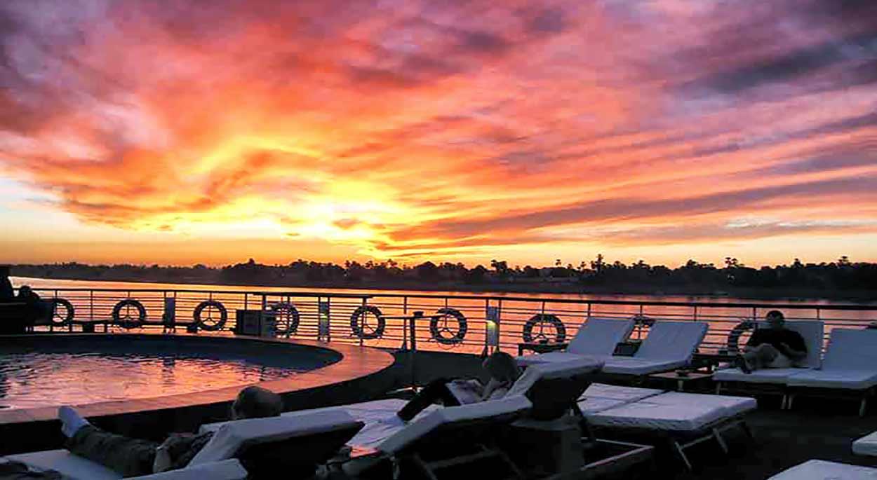 M/S Farah Nile Cruise, Motonave de 5* Gran Lujo