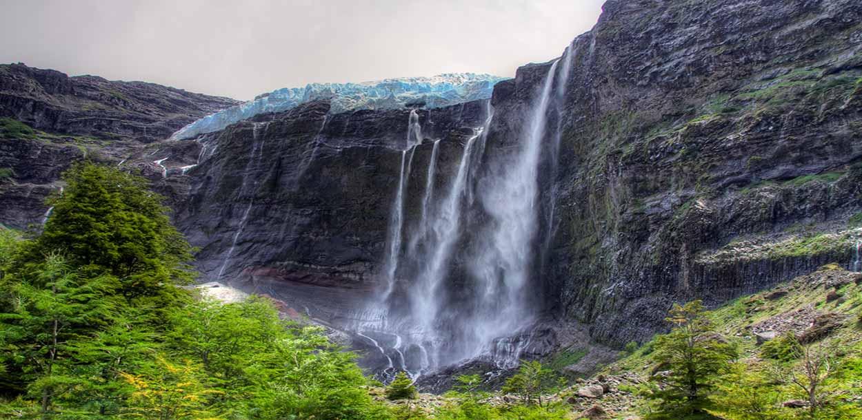Glaciar colgante Castaño Overo - Qué hacer en Bariloche