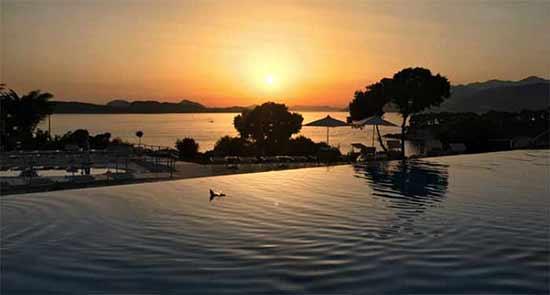Opinión de Viaje a Croacia de Belén y Miguel Ángel: puesta del Sol desde balcón del hotel en Dubrovnik