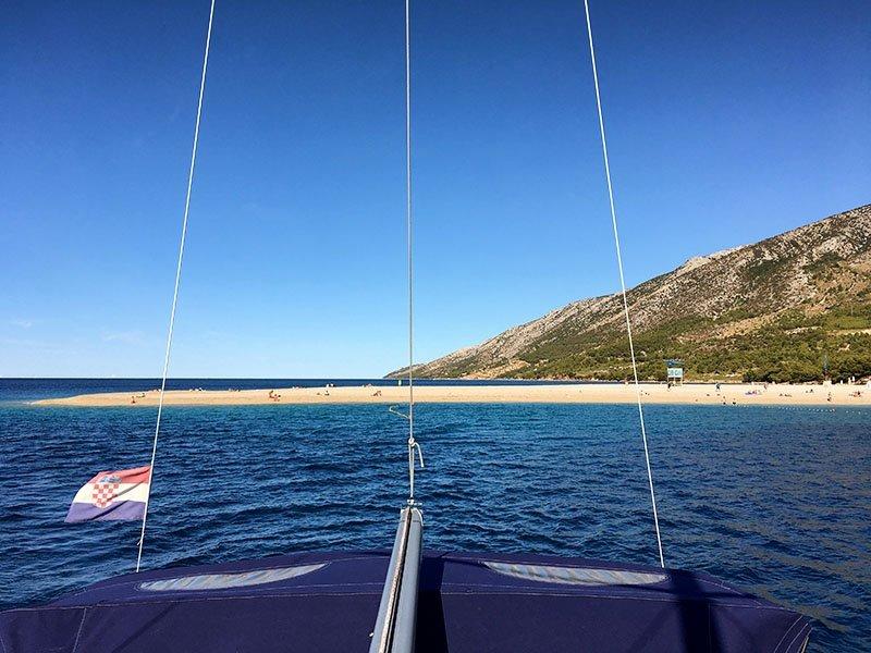 En el velero, navegando el Adriático