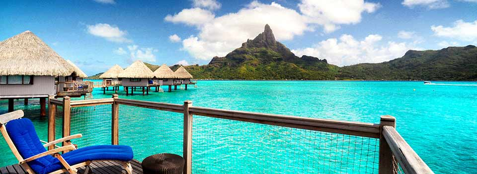 Overwater Bungalows (Le Meridien Bora Bora)