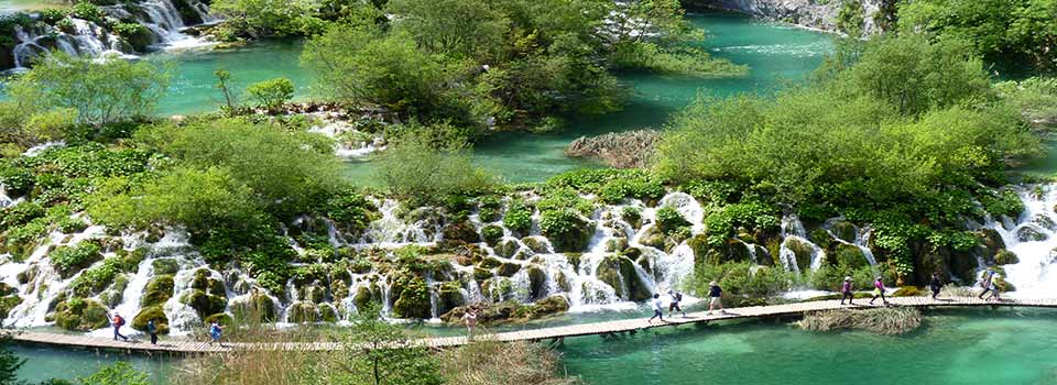 Plitvice lakes (6); By JoJan (Own work) [CC BY 3.0], via Wikimedia Commons