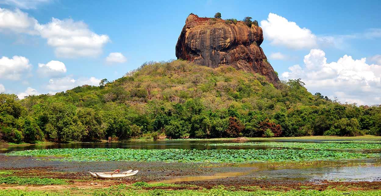 Sigiriya, la Roca del León, es probablemente la imagen más difundida del turismo en Sri Lanka
