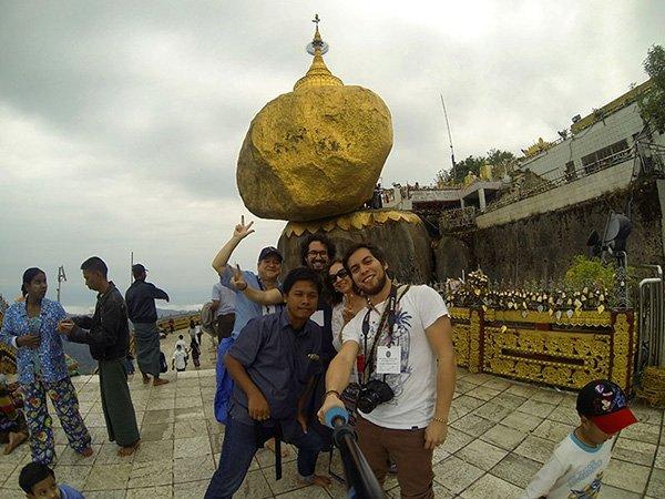 """Opinión de viaje a Myanmar de Mario y familia: la Pagoda Kyaiktiyo y la legendaria """"roca dorada"""""""