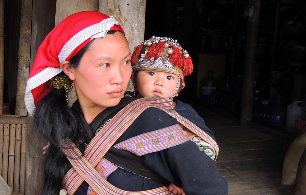 Sapa, uno de destinos estrella de turismo en Vietnam, ofrece un espléndido paisaje para realizar senderismo y acoge a un buen número de grupos étnicos que conservan con orgullo sus tradiciones