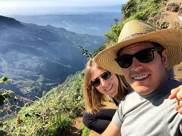 Testimonio de viaje de novios a Sri Lanka y Maldivas - Celia y Borja en el parque nacional de Horton Plains