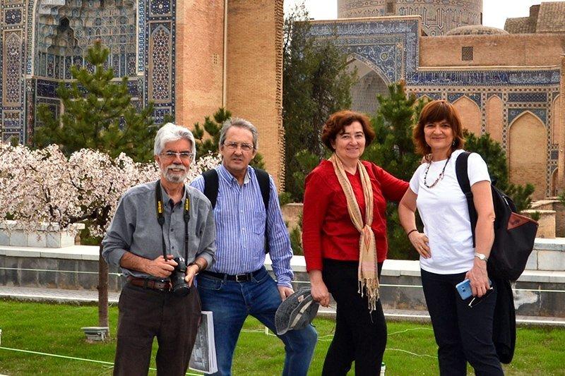 Viaje a Uzbekistán de Jose, Almudena, Trinidad y Monserrate 02
