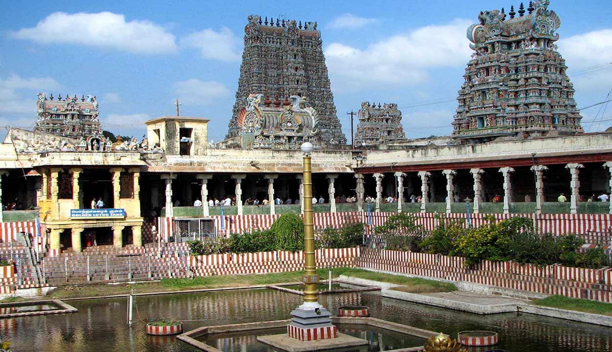 El gran templo de Minakshi es el verdadero corazón de la ciudad de Madurai y la visita imprescindible de turismo de India del Sur