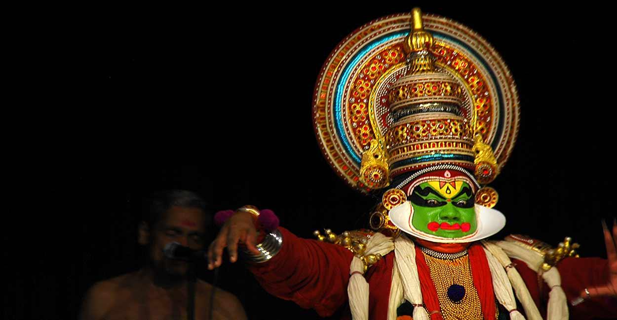 El sur de la India rezuma sensualidad mística en sus templos y danzas y presenta una cara distinta del turismo de India