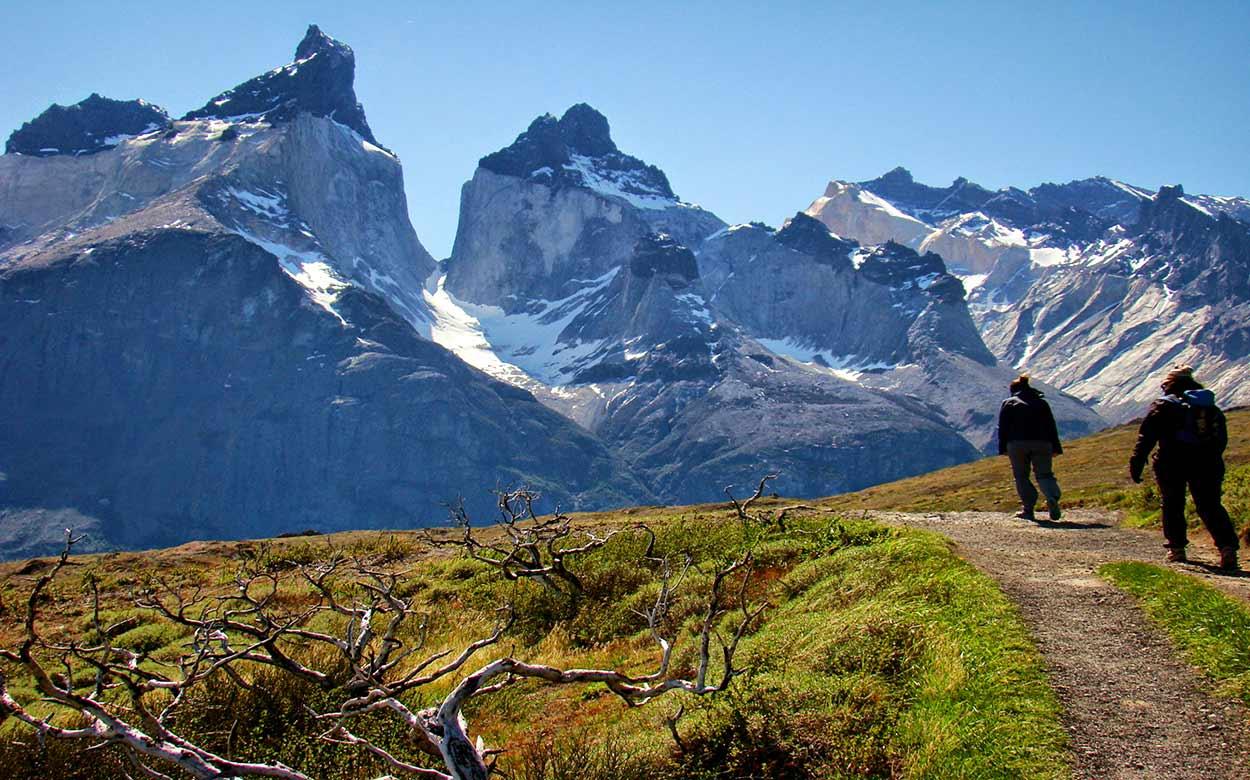 Trekking en la joya del turismo de Chilel Parque Nacional Torres del Paine,
