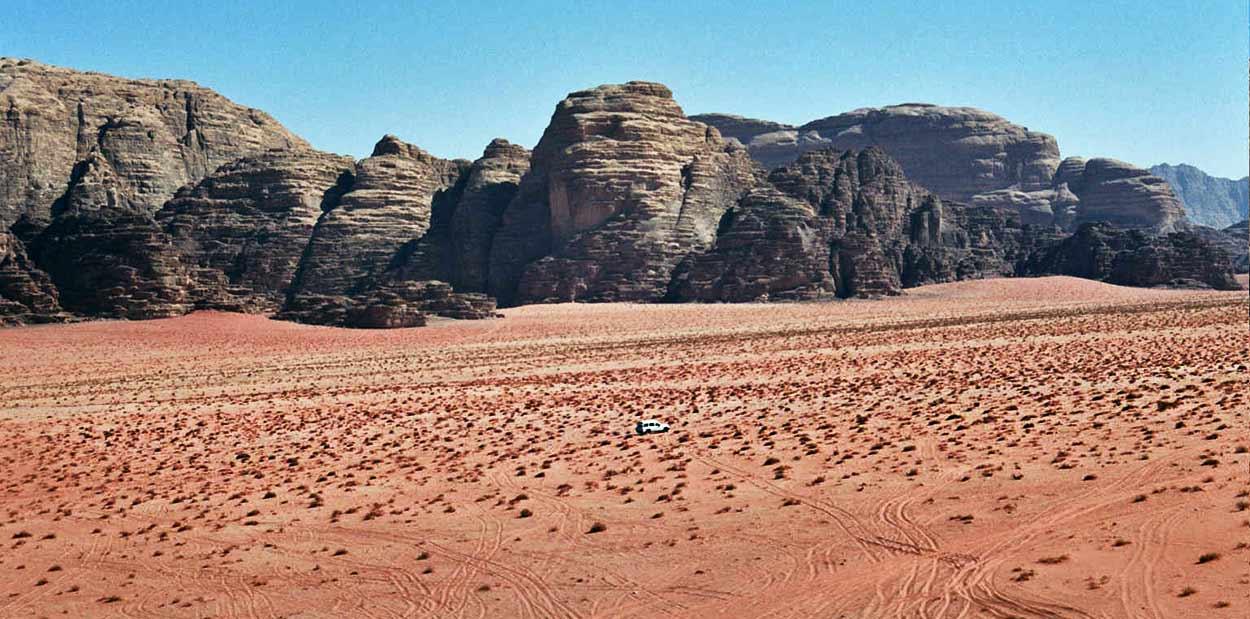 Wadi Rum, el paisaje desértico más espectacular e intacto de Oriente Medio, otra joya de turismo de Jordania