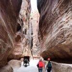 El Siq (la entrada principial a la antigua ciudad de Petra) 02