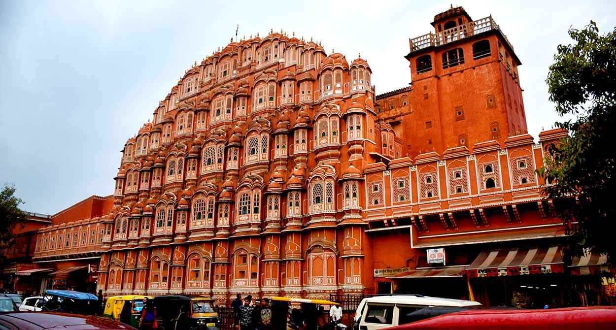 Hawa Mahal, Jaipur - VIAJE A INDIA DEL NORTE – TRIÁNGULO DEL NORTE, KHAJURAHO Y BENARÉS